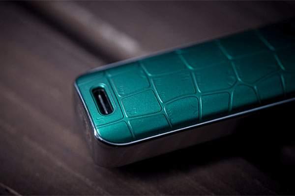 Vaporesso Luxe Q porta USB type-C
